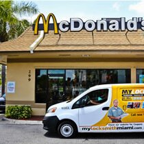 commercial locksmith Miami